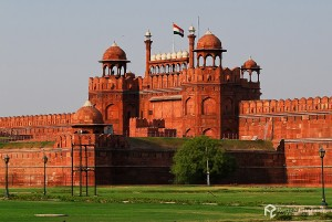Facade-Of-Red-Fort-Old-Delhi
