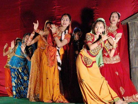 Bhojpuri Dancers