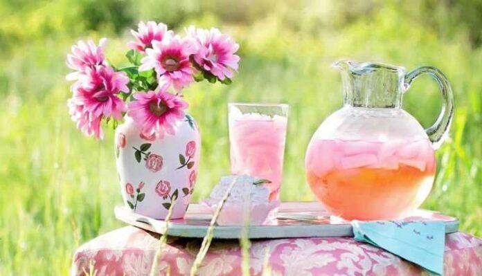 Decorative Summer Beverages