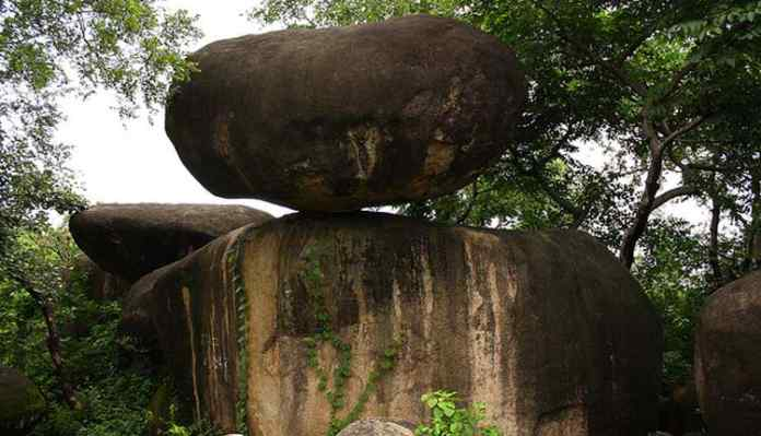 Jabalpur Balancing Rock