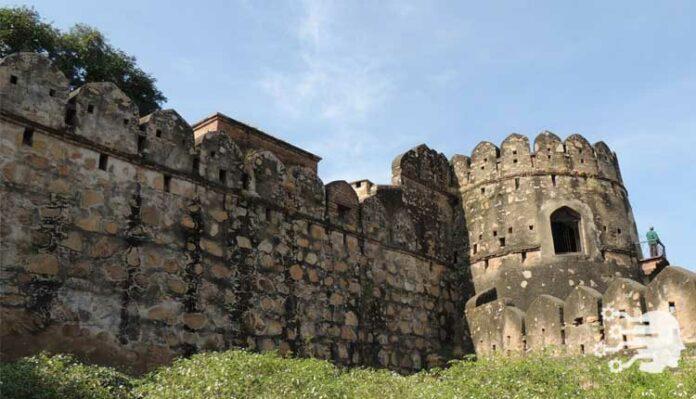 Jhansi Fort, Uttar Pradesh