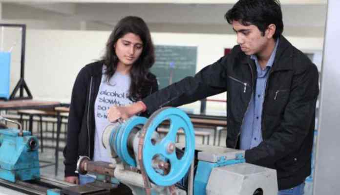 Girl in Mechanical Engineering
