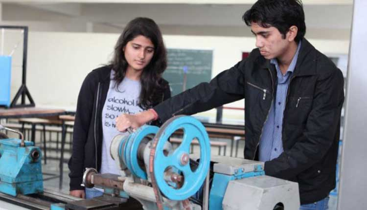 is it right for a girl to choose mechanical engineering
