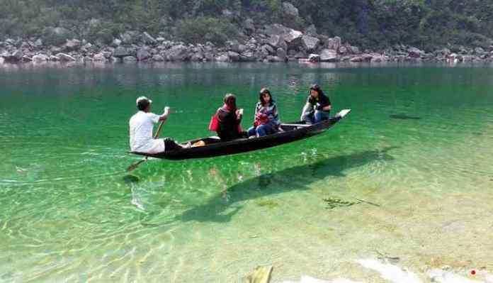 Clearest water of Dawki
