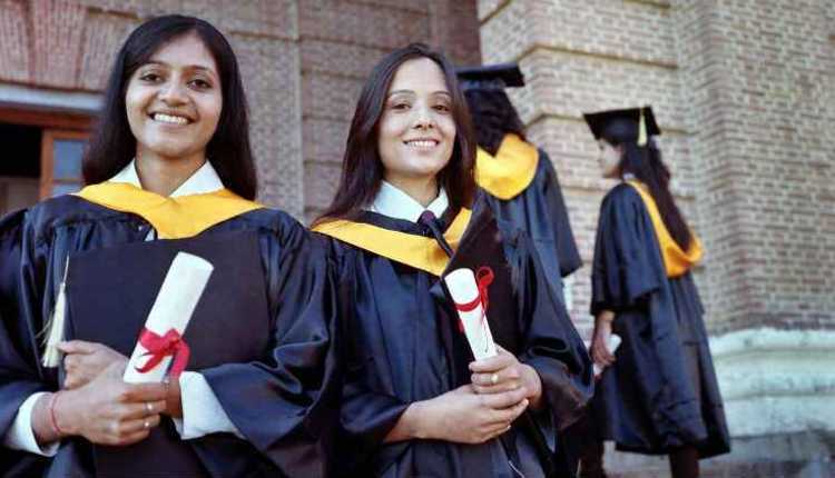 Scholarship to students from non-Hindi speaking States for Post Matric Studies in Hindi
