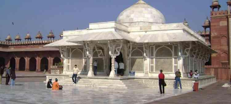 Moti Masjid, Agra