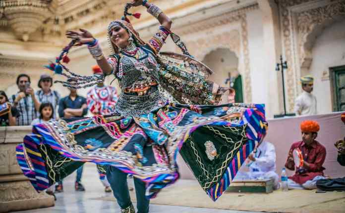 Folk Culture and its Significance in Contemporary Society
