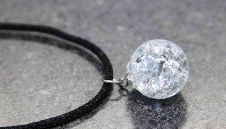 Cracked Marble Necklace
