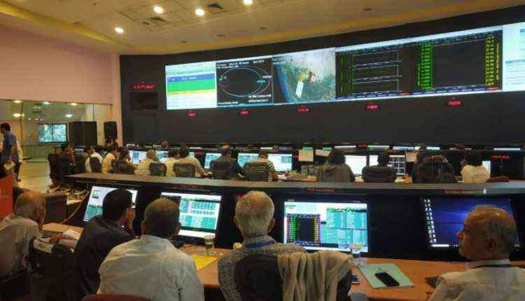 Deorbit Istrac Control Room, Isro
