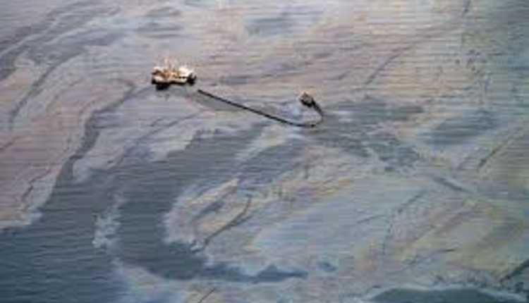 Exxon Valdez Oil Spill (1989) Usa
