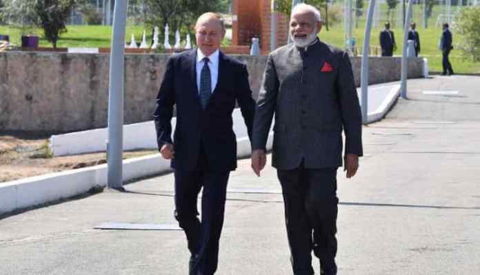 Modi, Superpower, Putin, Hand, Walk, Economic (1)