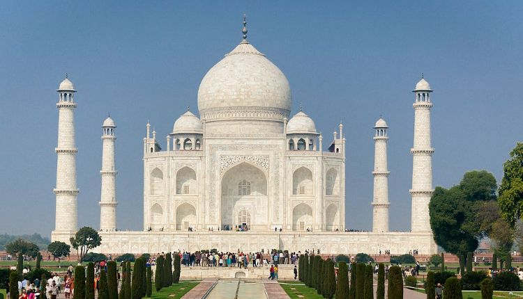 Four Minarets Taj Mahal