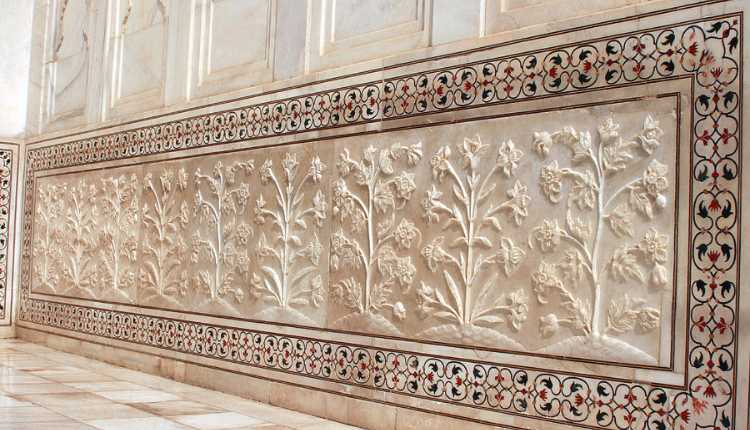 Hindu Design On The Wall Of Taj Mahal