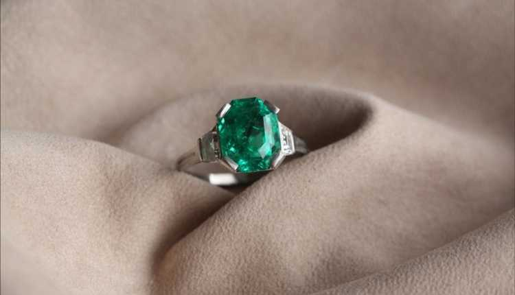 Mercury, Budh, Emerald Gemstone Ring