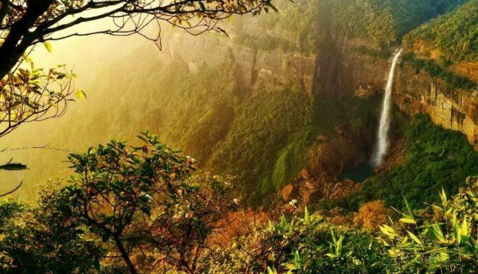 Meghalaya, Tallest Plunge Waterfall, Nohkalikai Falls