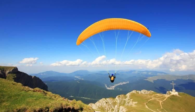 Paragliding Darjeeling