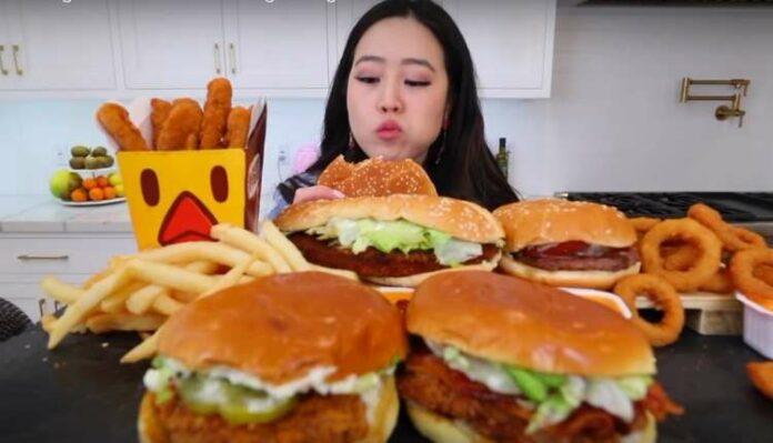 Korean Mukbangers, Burger, Eating, Foodie