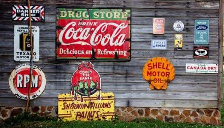 Coca Cola, Traditional Marketing, Popular Brands